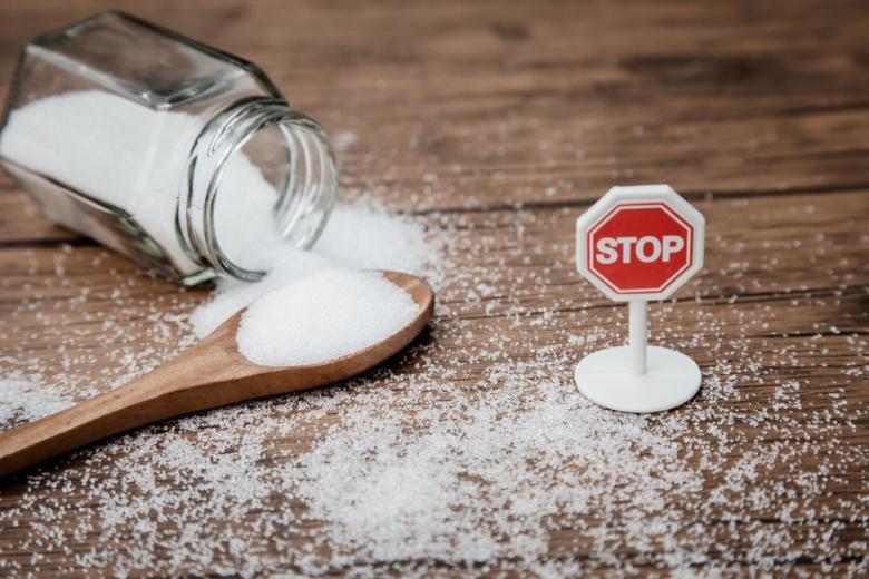 Сахар изымают из детских чаев, чтобы не дать привыкнуть ребенку к сладостям фото