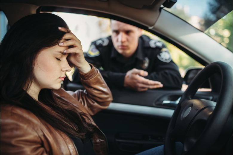 Штраф за вождение без прав фото