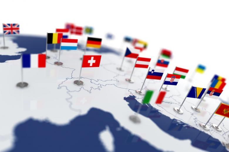 Страны Европы постепенно и по-разному открывают границы фото