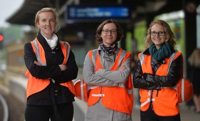 Женщины на железной дороге готовы заполнить мужские вакансии фото