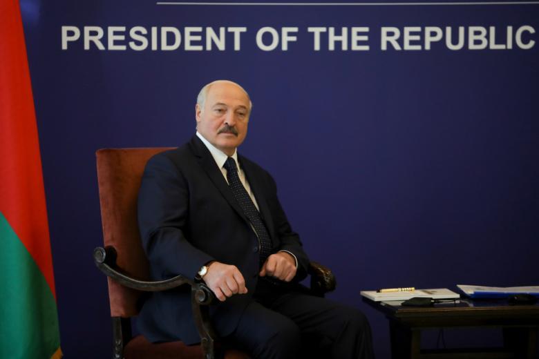 Александр Лукашенко может остаться без своего кресла фото