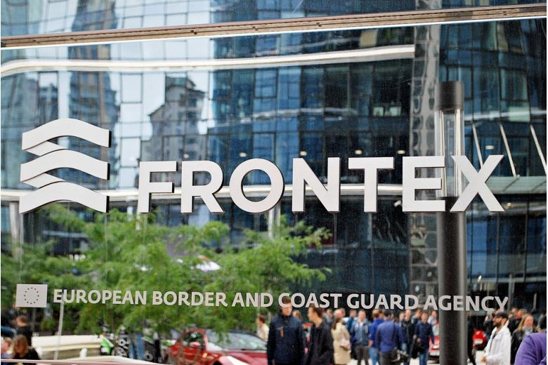 Frontex регистрирует рекордный всплеск незаконной миграции фото