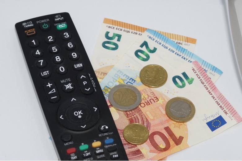 плата за телевидение в евро фото
