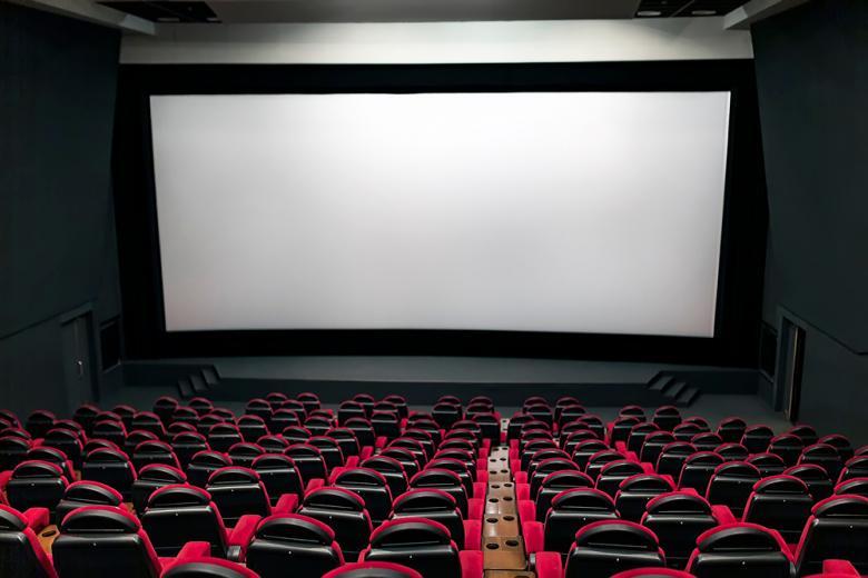 Пустые кинотеатры наполняться зрителями фото