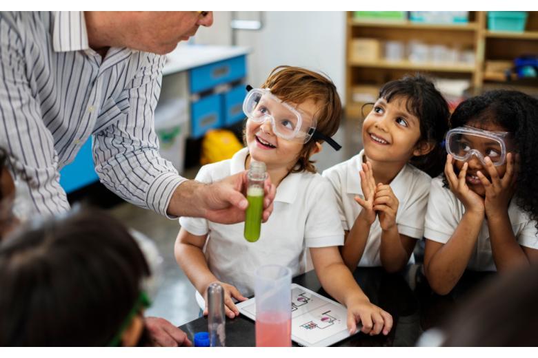 Урок химии в детском саду фото