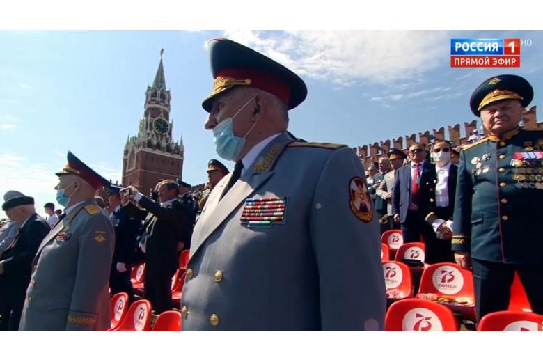 В Москве парад в честь 75-летия победы прошел с ветеранами фото