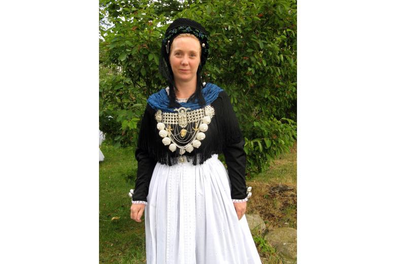 Его носили крестьянки и аристократки: история дирндля в Германии (+фото) фото 6