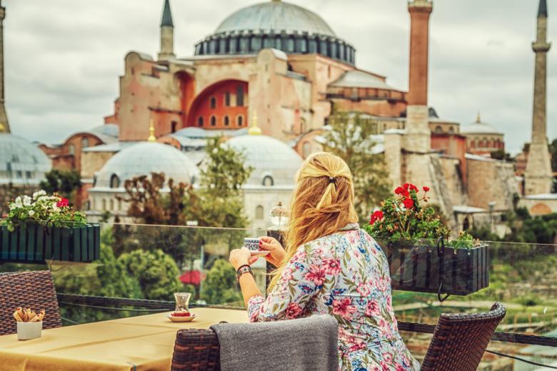 Святая София превращается в мечеть фото