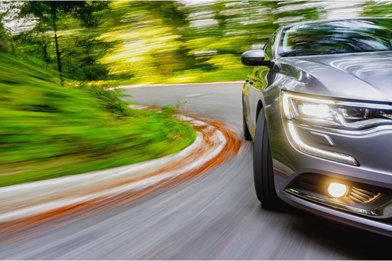 Бешеная скорость на дорогах стала привычным явлением фото