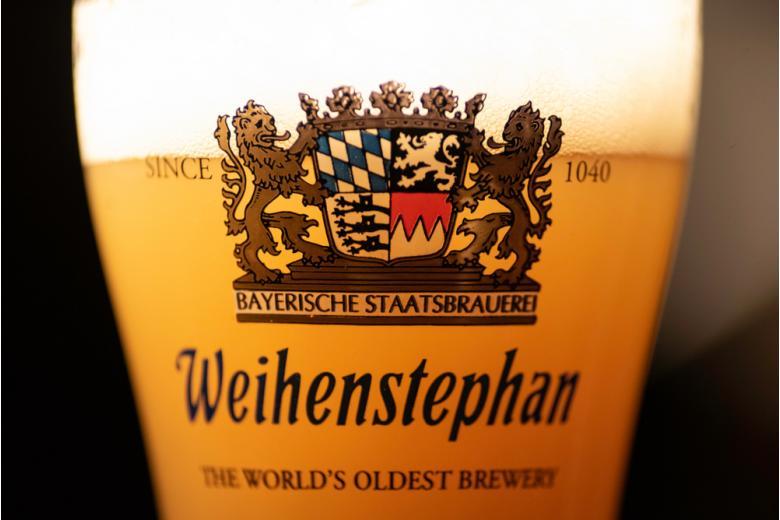 Бокал с пивом Weihenstephan фото