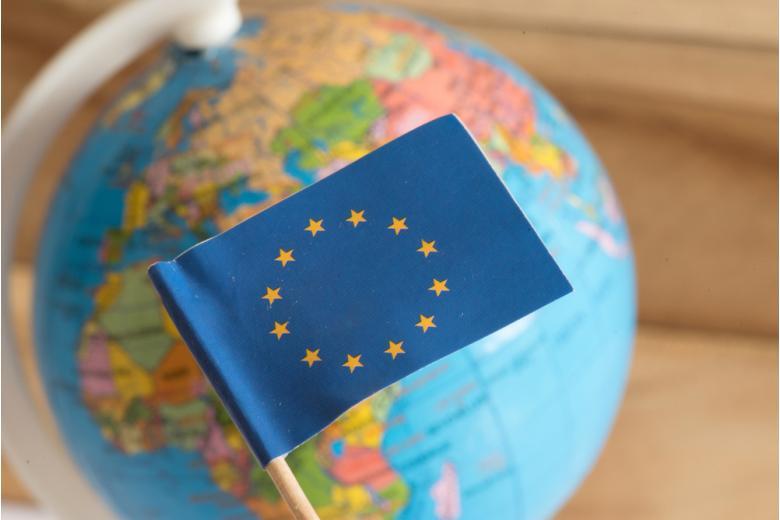 Европа на глобусе фото