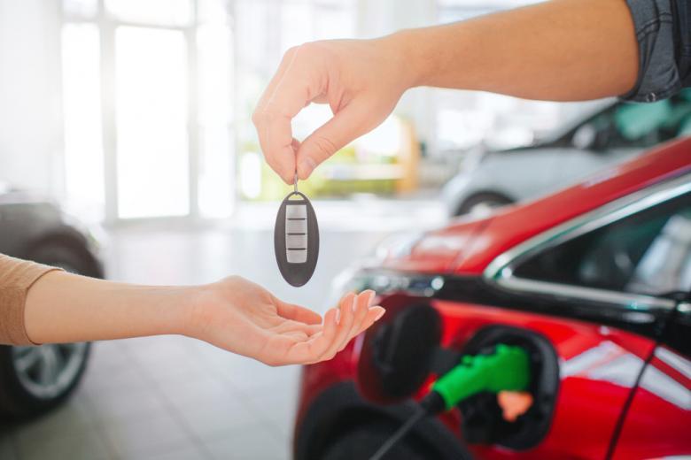 ключи от электромобиля фото