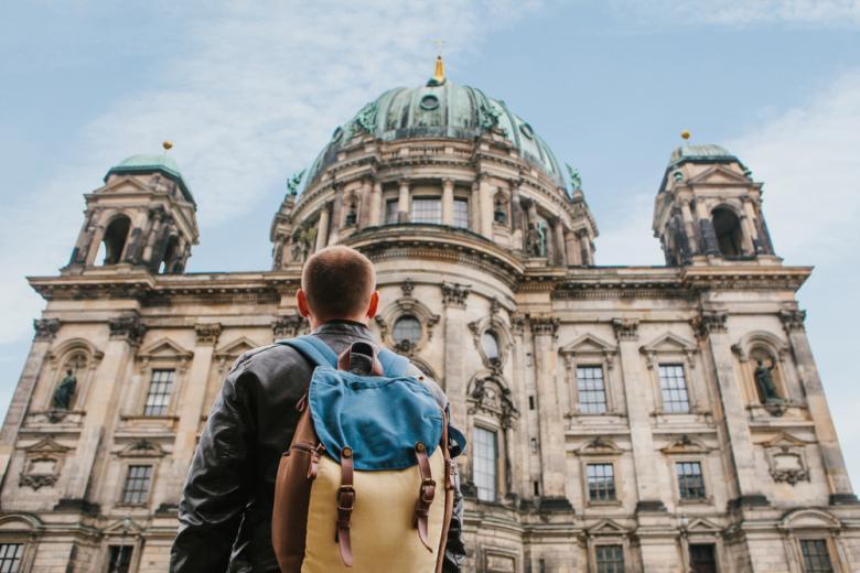 Турист в Берлине фото