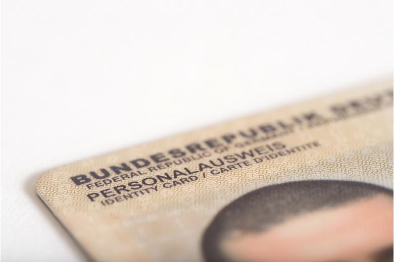 удостоверение личности гражданина Германии Personalausweis