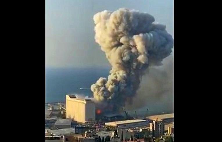 Взрыв уничтожил дома в радиусе нескольких километров фото