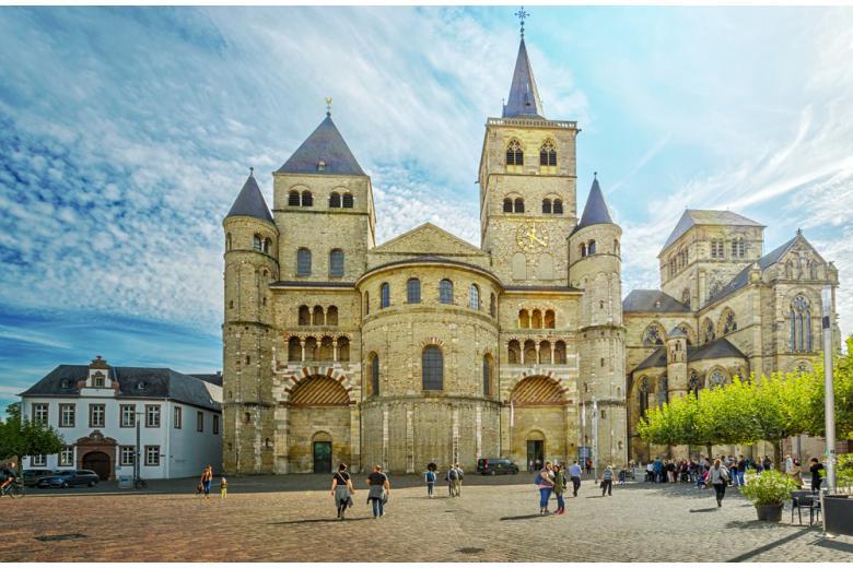 Кафедральный собор Святого Петра в Трире фото