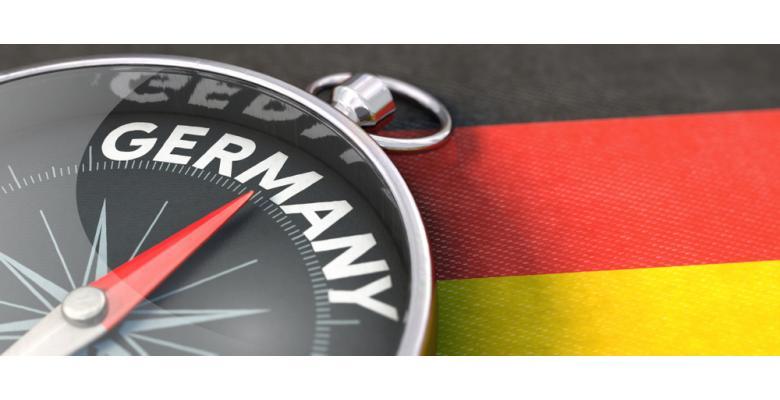 компас указывает на Германию фото