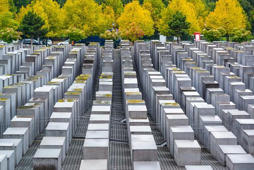 Мемориал жертвам Холокоста в Берлине фото