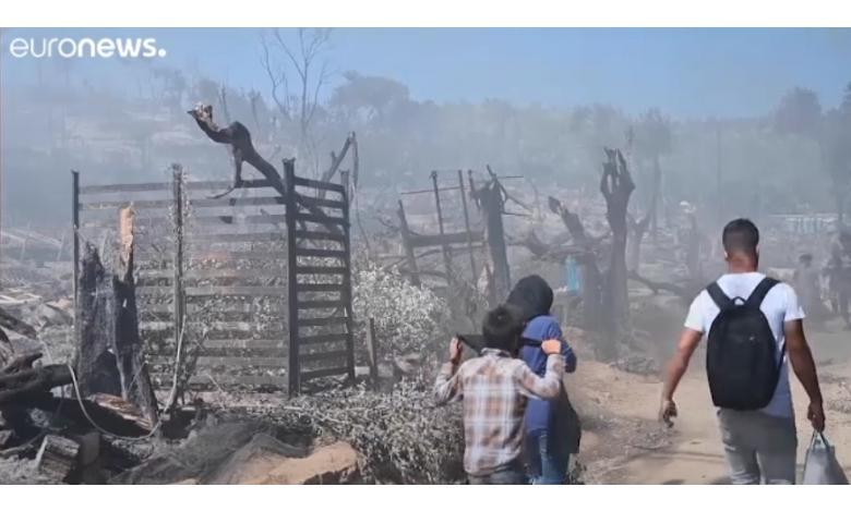 Пожар в Мории на острове Лесбос фото
