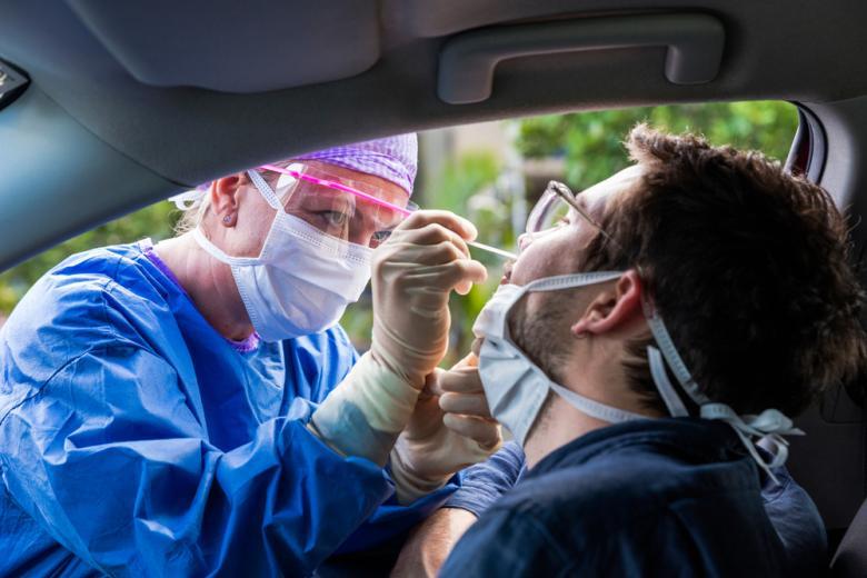 Пробы на коронавирус перестанут быть обязательными и бесплатными фото