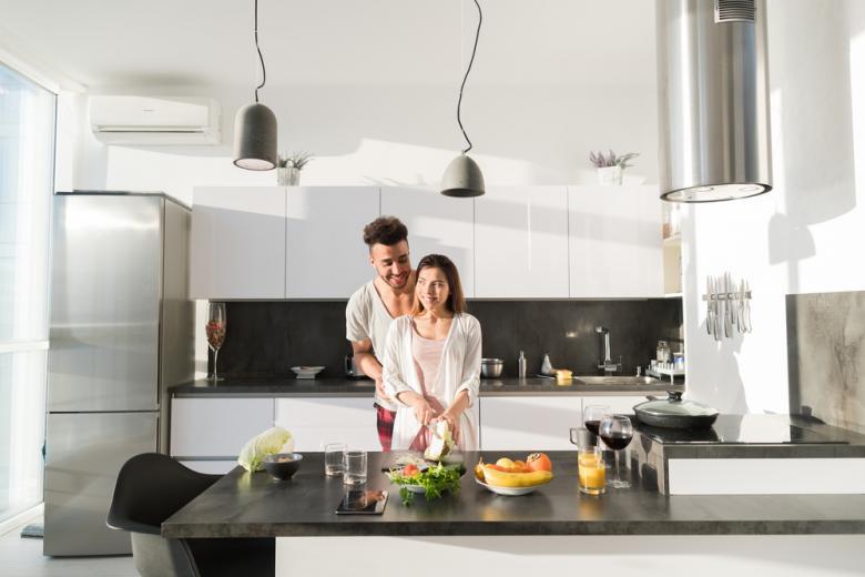 Современный интерьер кухни в квартире фото