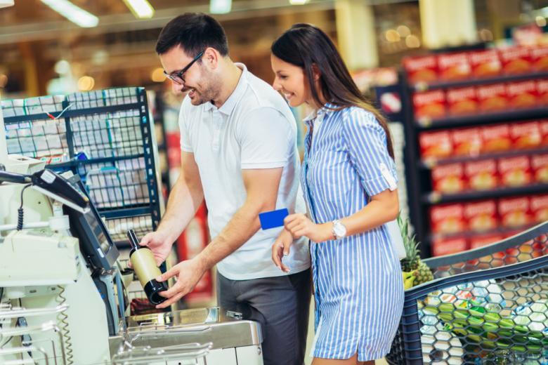 точка самообслуживания в супермаркете фото