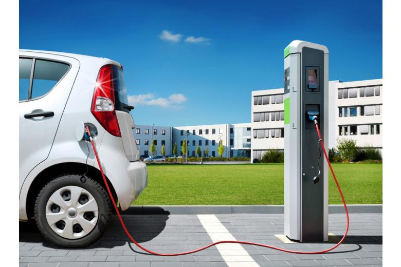 зарядка для электромобиля фото