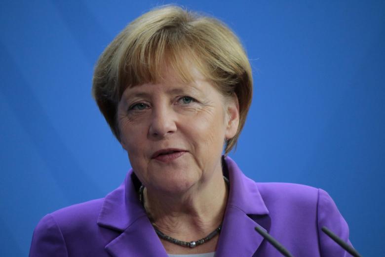 Ангела Меркель крупным планом фото
