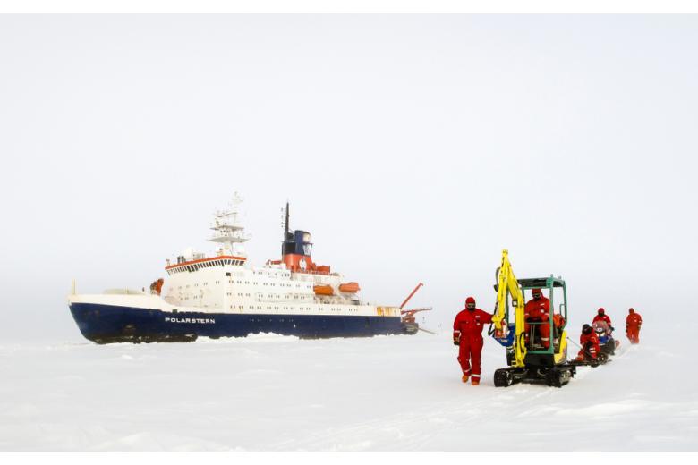 корабль ледокол Polarstern фото