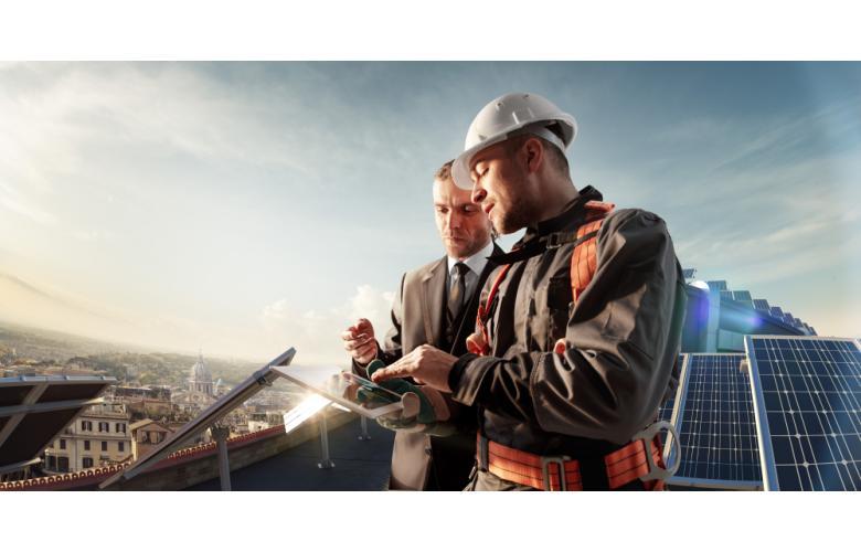 Крыши домов станут обязательно оснащать солнечными батареями фото