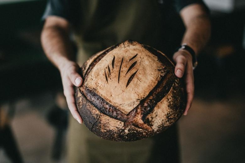 Профессия пекарь. Фото: Nathan Dumlao / unsplash.com