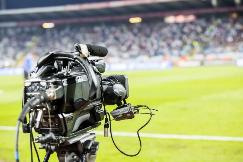 телекамера на футбольном поле фото