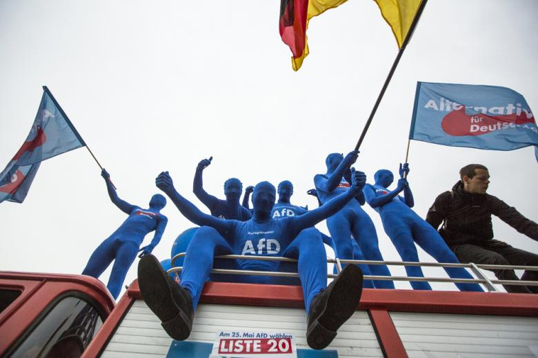 AfD на пути к полному запрету деятельности в Германии фото