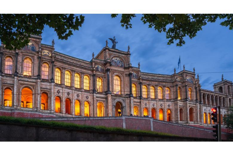 Баварские власти приняли решение ужесточить локдаун фото