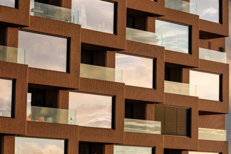 Квартиры в небоскребе-победителе составлены из кубиков-панелей фото