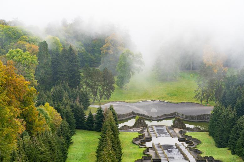 Утренний туман в парке Вильгельмсхёэ фото