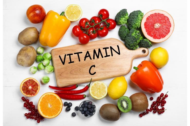 Витамин Cснижает смертность от COVID-19 втри раза фото 1