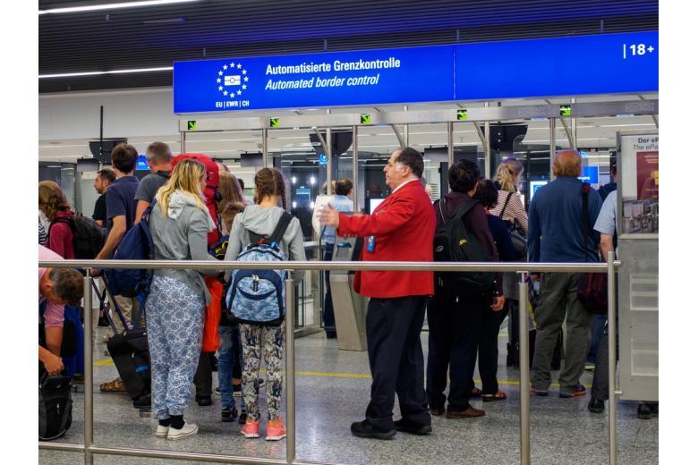 Новые правила для въезжающих в Германию из шенгенских и нешенгенских стран фото 1