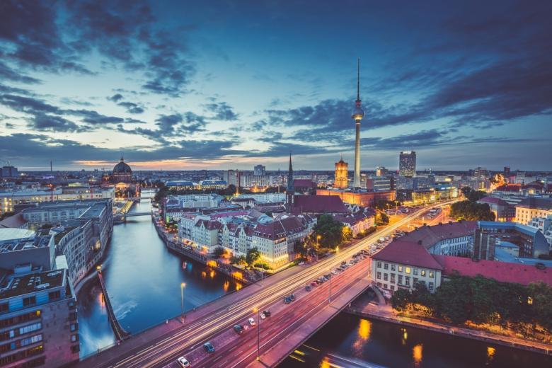 Вечерний вид на Берлин фото
