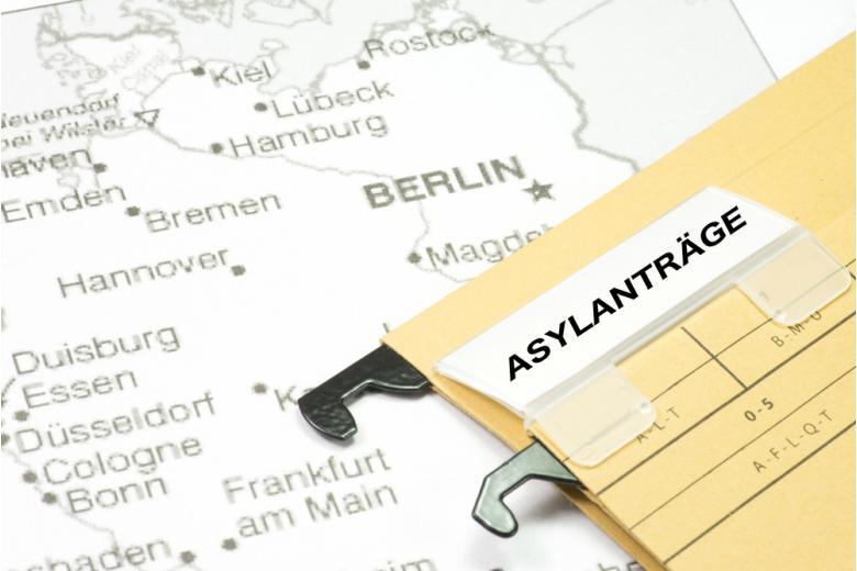 заявление о предоставлении убежища в Германии фото