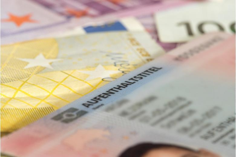 документ разрешение на проживание в Германии фото