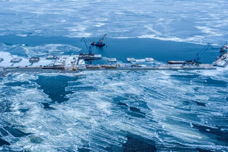 Nord Stream-2 приостановили строить из-за технических проблем и ухода страховой компании фото