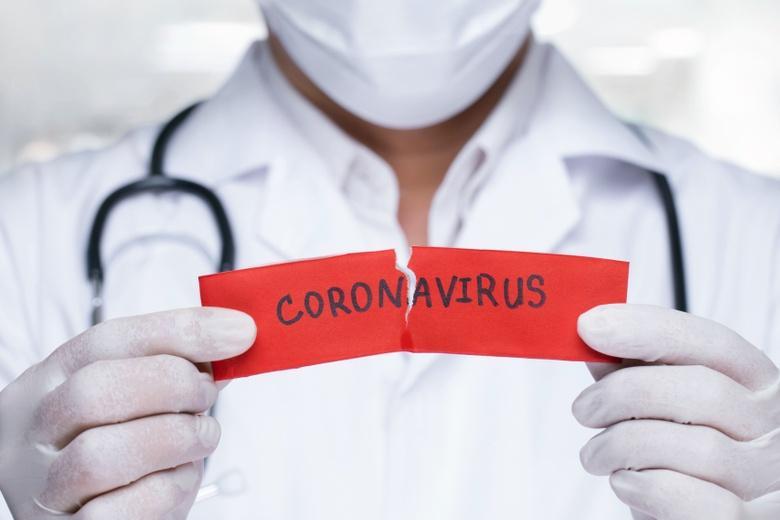 Врачи говорят о новых волнах пандемии коронавируса фото