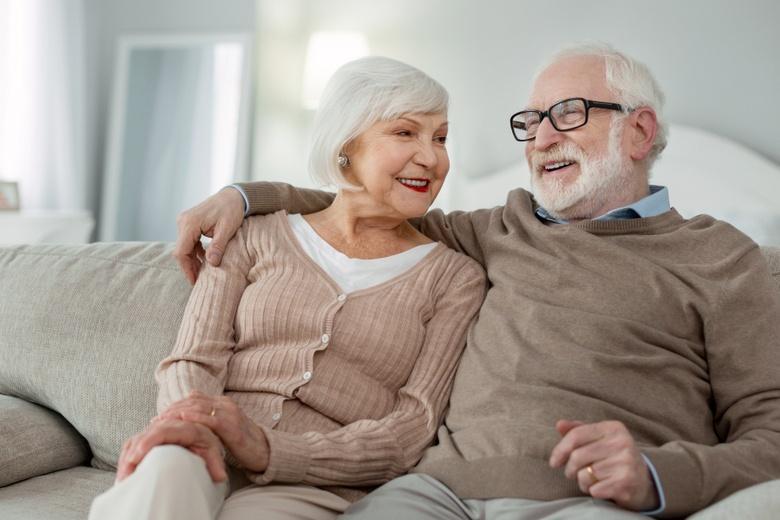 Базовые пенсии помогают людям в возрасте обеспечить себя базовыми потребностями фото