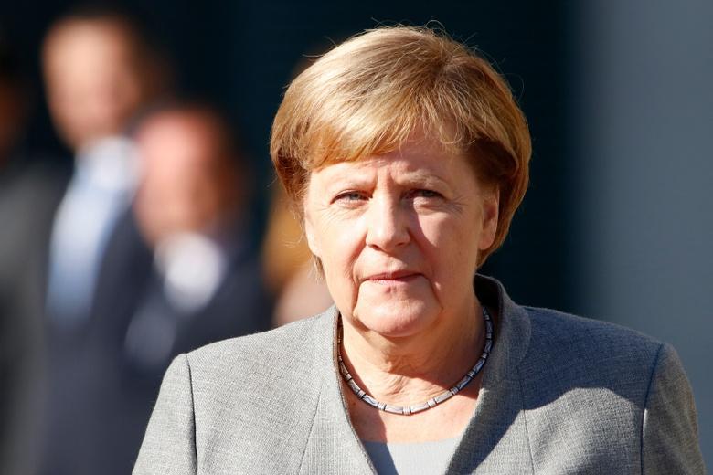 Меркель считает разными направлениями во внешней политике газопровод Северный поток -2 и арест Навального фото