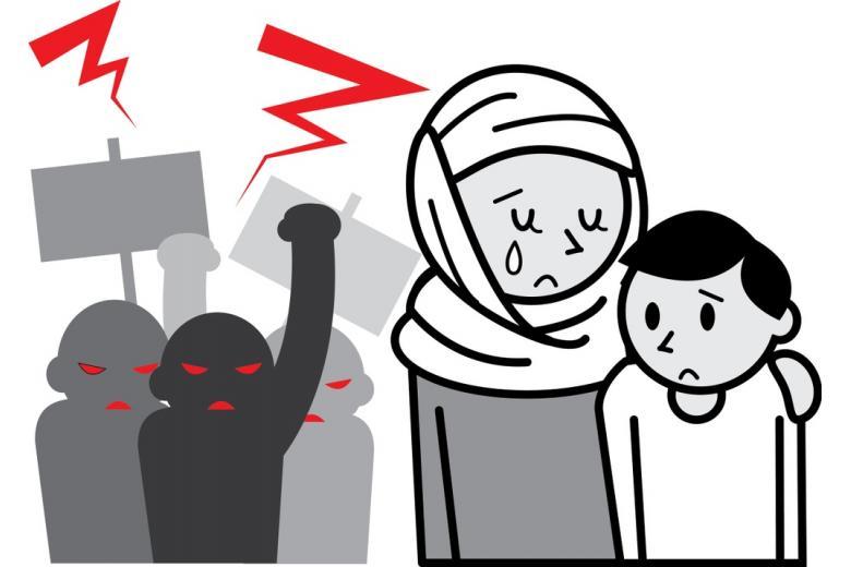 Нападения на беженцев фото