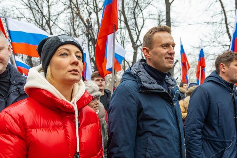 Навальная прилетела в Россию после частного визита в Германию фото