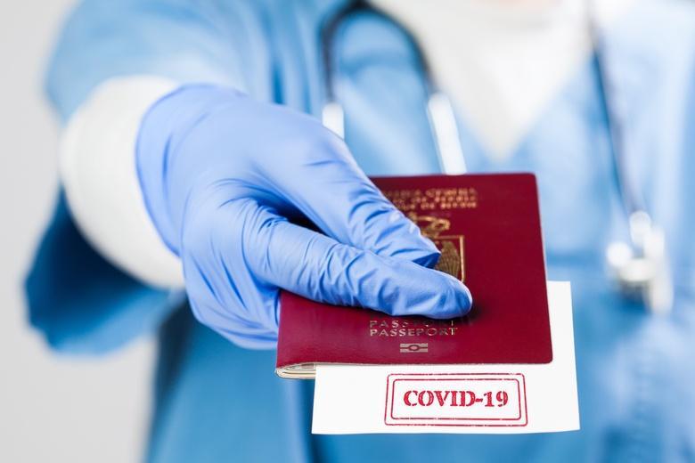 Паспорт вакцинации становится все актуальнее в Европе фото
