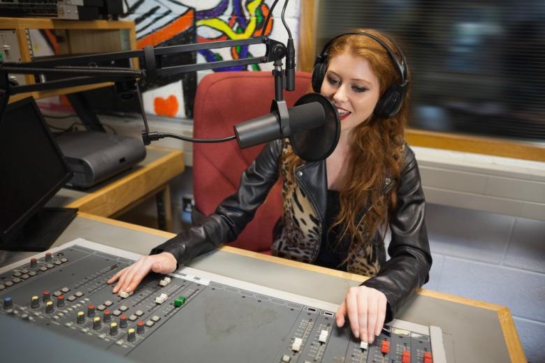 радиостанция для женщин фото