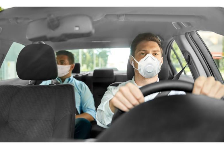В Германии маски обяжут носить и в машинах фото 1